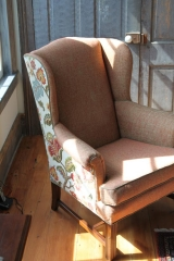 <h5>Solid front - Floral Back</h5><p>This custom chair has a personality, and it shows!</p>