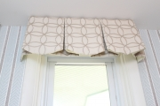 <h5>Boxed Valance Scalloped</h5>
